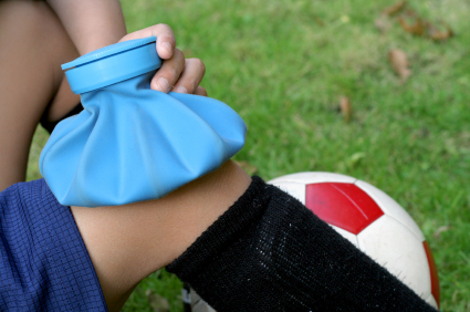 3 Common Sports Injuries and How to Treat Them