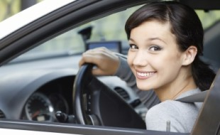 3 Reasons Why Women Drivers Should Seek out Women-Specific Car Insurance